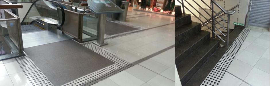 Umbrales de escaleras señalizadas